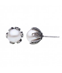 Yvone Christa - Post Medium Tulip Cup Stud with White Pearl, Earring